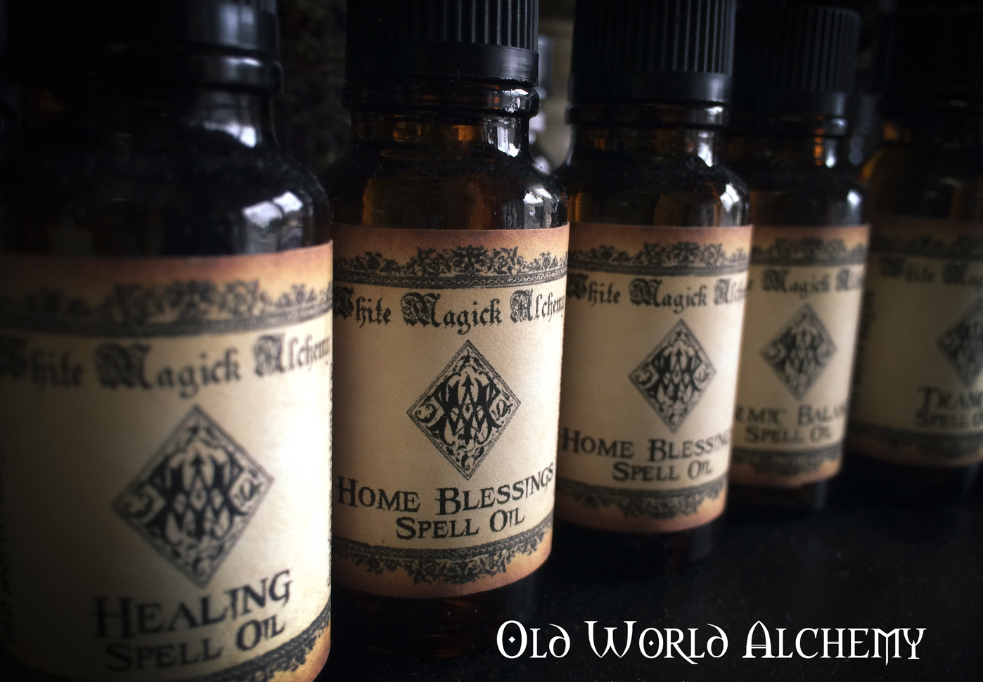 alchemy-perfume-spell-oils-old-world-white-magick.jpg