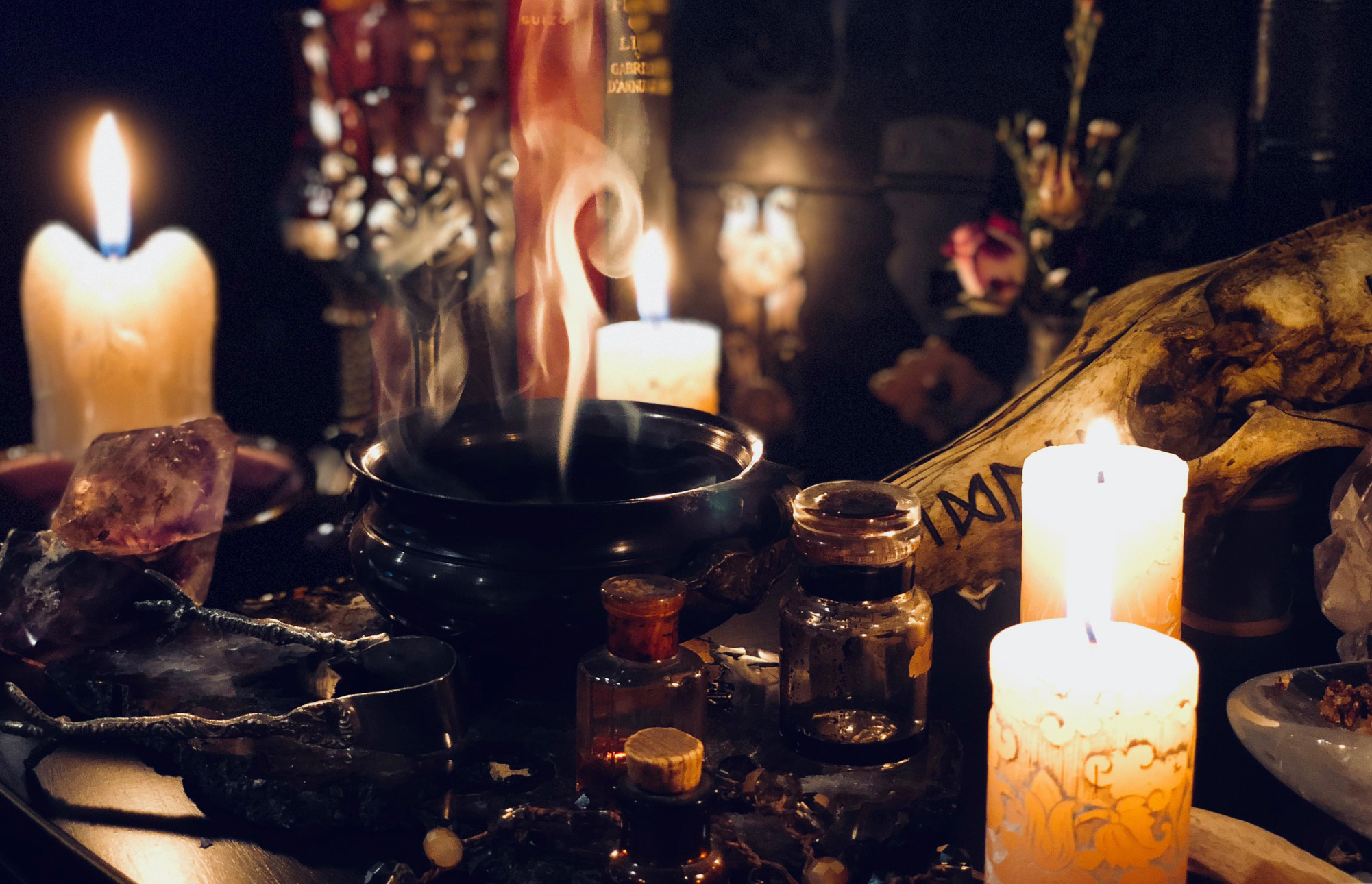 wicca-pagan-witchcraft-supplies-spell-candles-white-magick.jpg